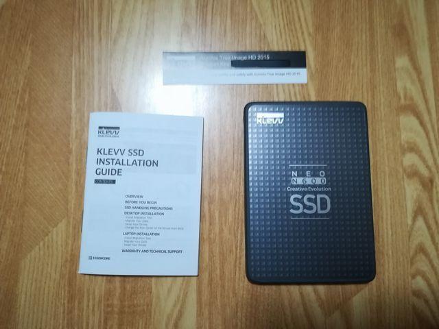 SSD中身